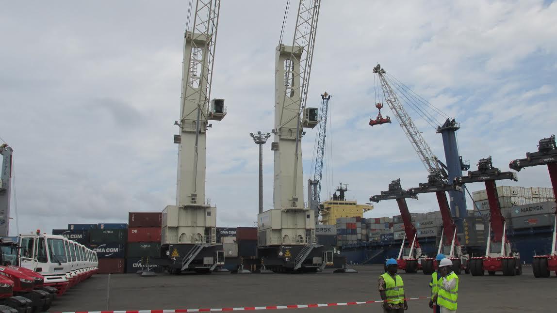 Le Togo renforce son parc d'équipement de manutention au port de Lomé