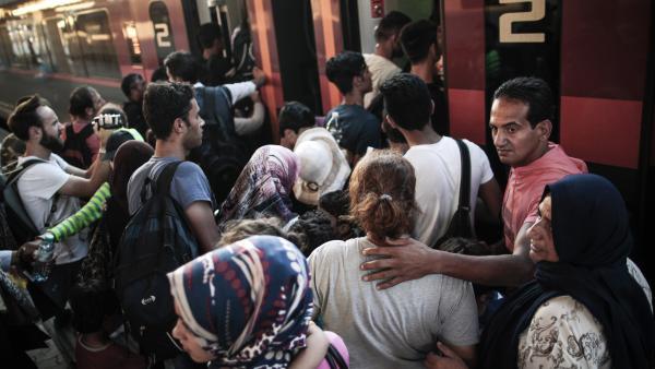 Allemagne : arrivée de centaines de migrants provenant de Hongrie