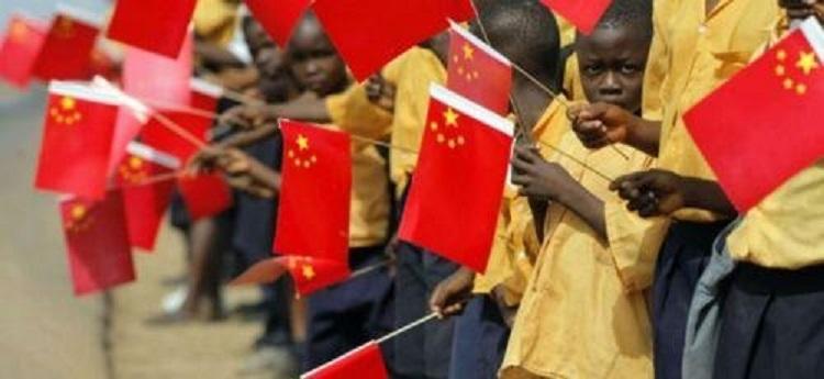 Washington débloque 60 milliards $ pour réduire l'influence chinoise en Afrique