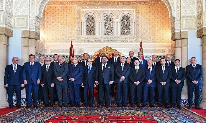 Le Roi Mohammed VI installe un gouvernement resserré avec un objectif d'efficacité