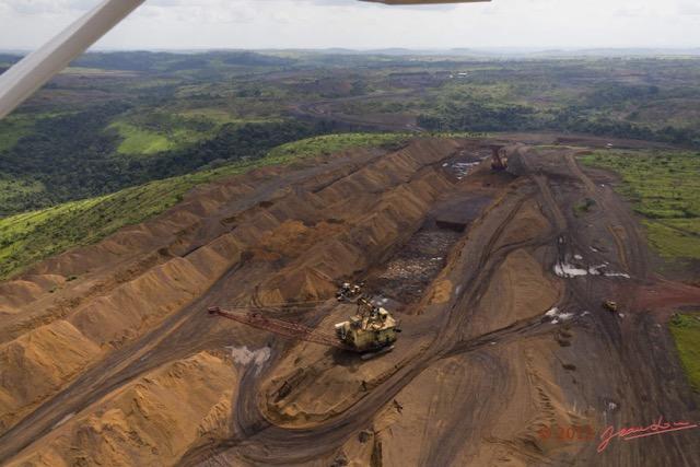 La signature de tout contrat minier, forestier et d'hydrocarbure Le au Gabonexige un visa de régularité