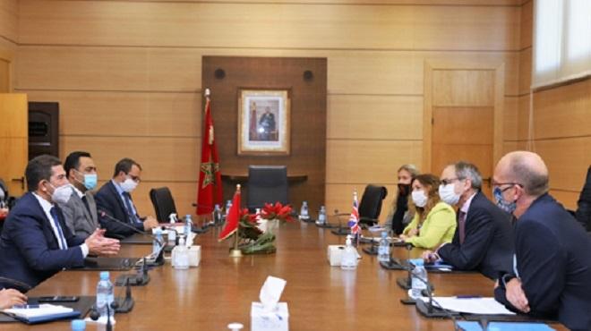 La Banque mondiale et la Grande-Bretagne appuient la réforme de l'éducation au Maroc