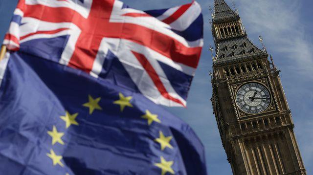 Le Royaume-Uni et l'UE scellent enfin un accord avant la date butoir du Brexit
