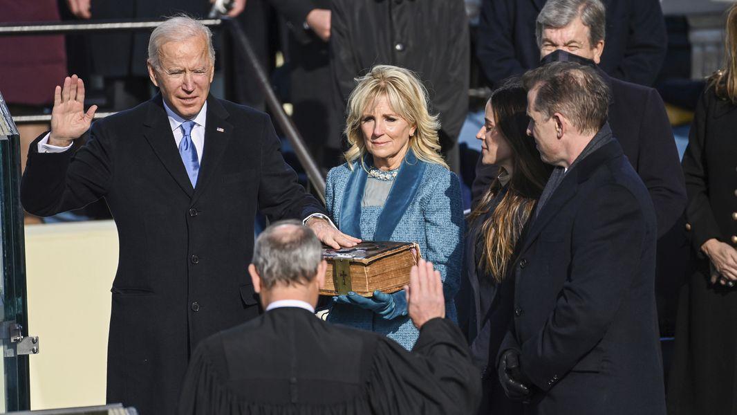 Joe Biden signe le retour des USA dans l'Accord de Paris et à l'OMS