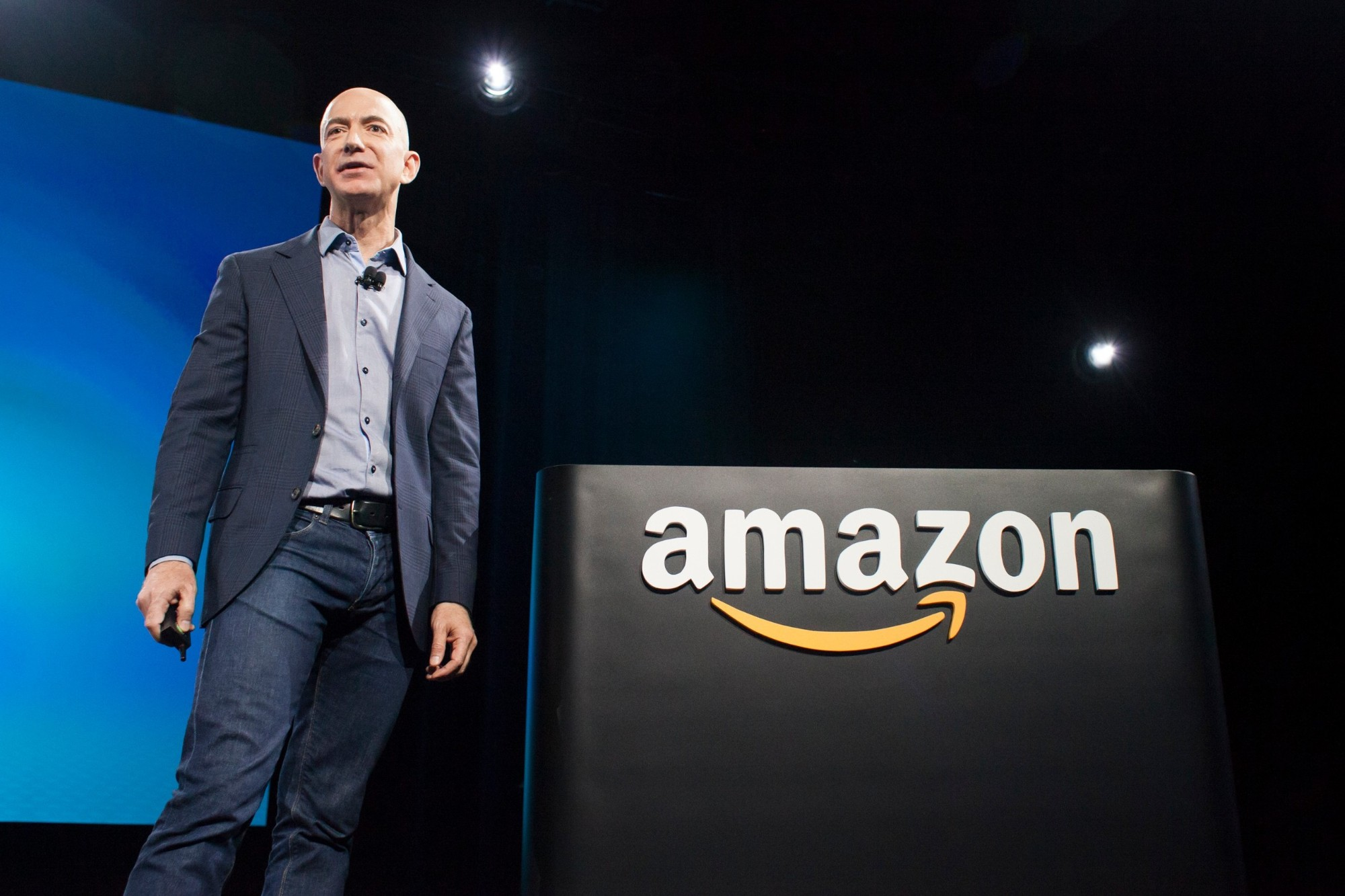 Jeff Bezos abandonne son poste de DG à Amazon
