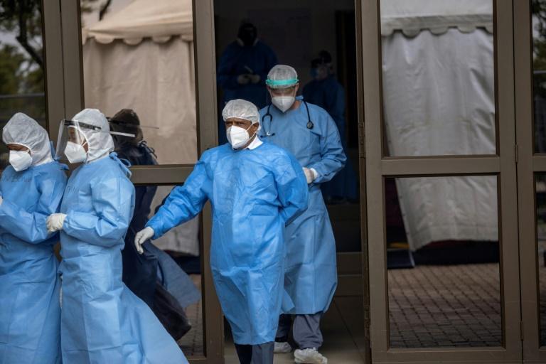 Afrique: MSF plaide pour la vaccination du personnel soignant
