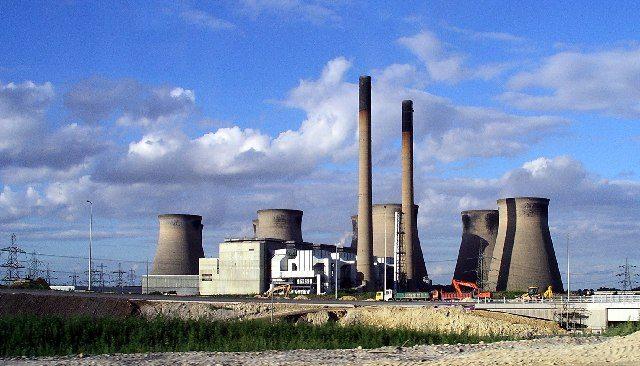 Le Zimbabwe opte pour le nucléaire pour éviter les pénuries d'électricité