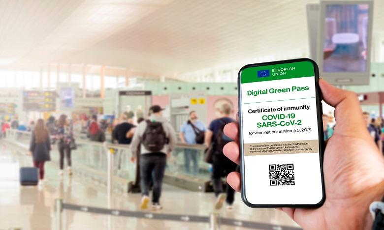 La Grande-Bretagne prévoit le lancement d'un passeport sanitaire dès mi-avril