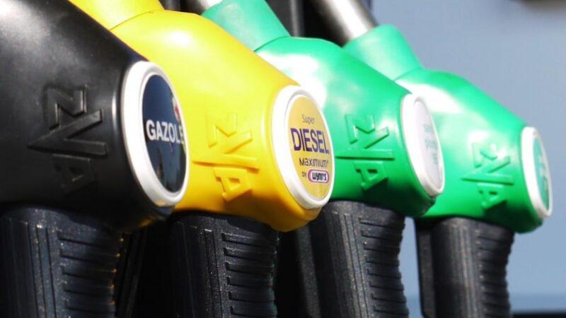 La hausse du prix du carburant au Kenya fait monter la tension
