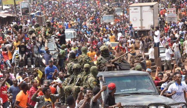 Guinée: Les nouveaux maîtres à Conakry rassurent les investisseurs miniers