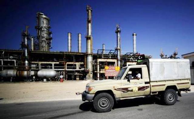 Libye : Les actes de revendications salariales font chuter la production pétrolière