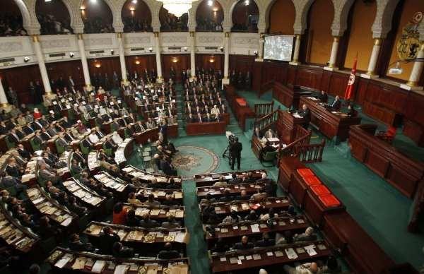 Tunisie: l'exploitation du gaz de schiste en discussion