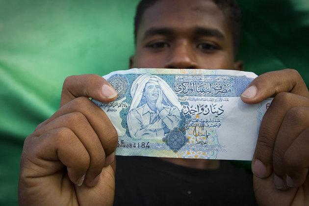 Libye: la banque centrale fait valoir ses droits