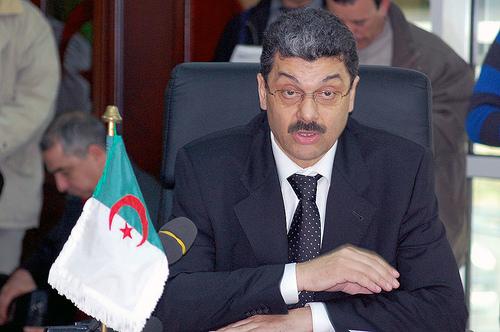Algérie: Prudence mais pas d'austérité dans la Loi de Finances 2013